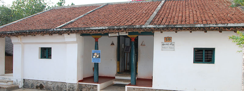 Dakshinachitra potters house